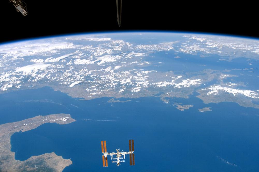 STS118-E-9469_lrg - Copy